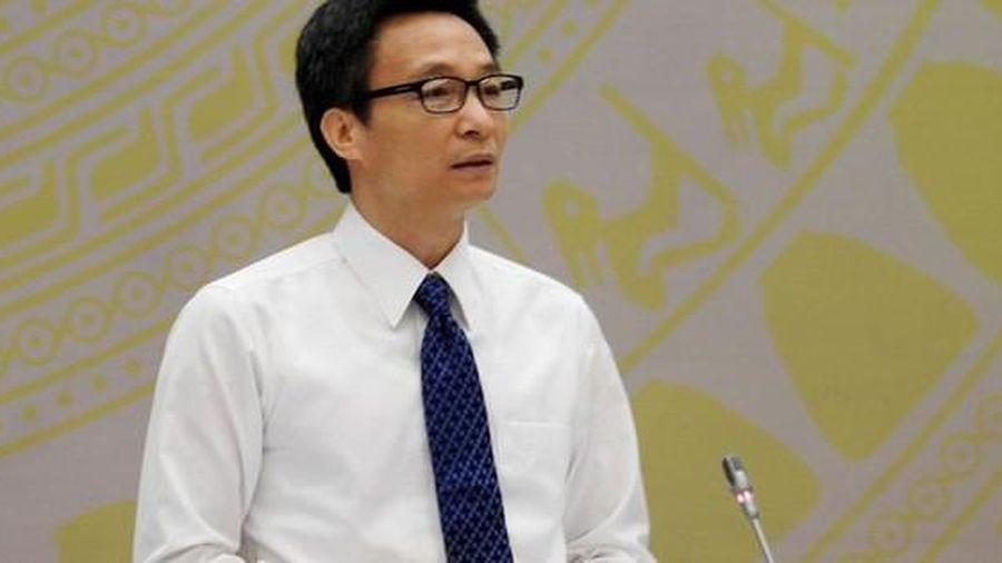Phó Thủ tướng: Anh em địa phương chống dịch vẫn còn vất vả lắm, có hôm không ăn, mất ngủ theo đúng nghĩa đen