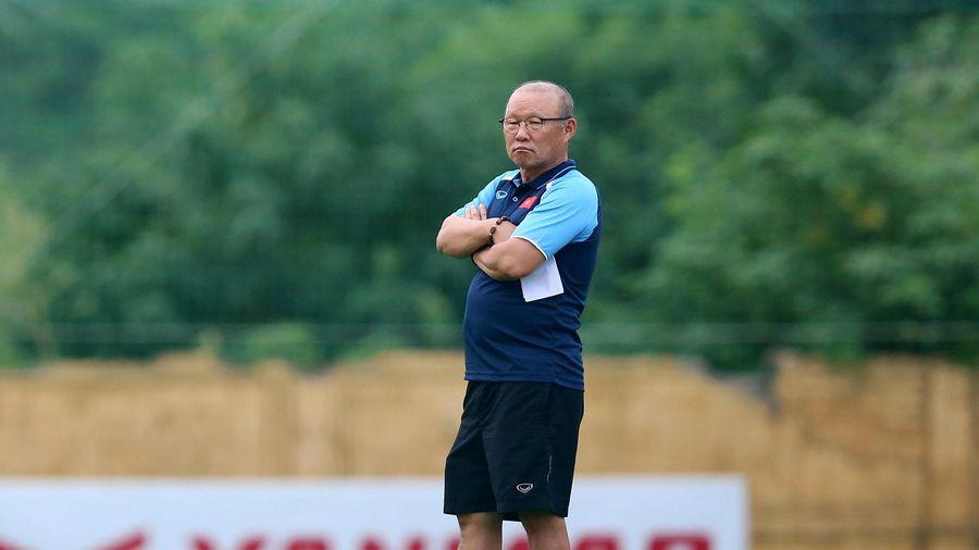 Thầy Park lo lắng, U-22 Việt Nam tập huấn tại Pháp