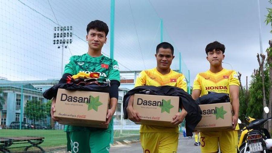 Tiền vệ Việt kiều gây ấn tượng trong trận đấu tập của U22 Việt Nam