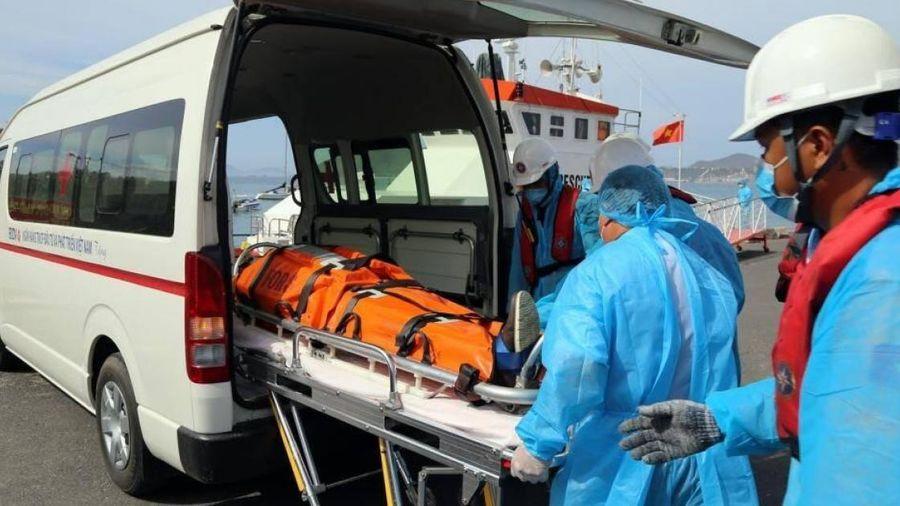 Cứu nạn thành công thuyền viên người Ukraine bị hôn mê