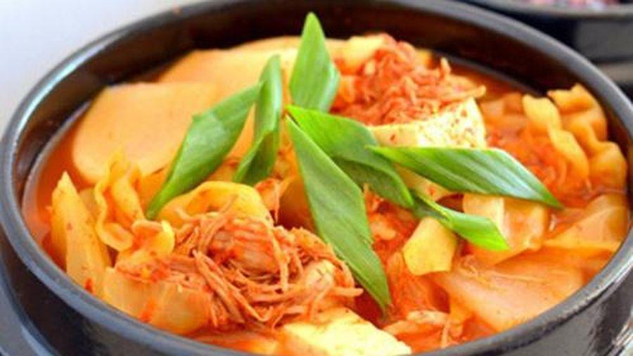 Cách nấu canh kim chi thơm ngon đúng chuẩn Hàn Quốc