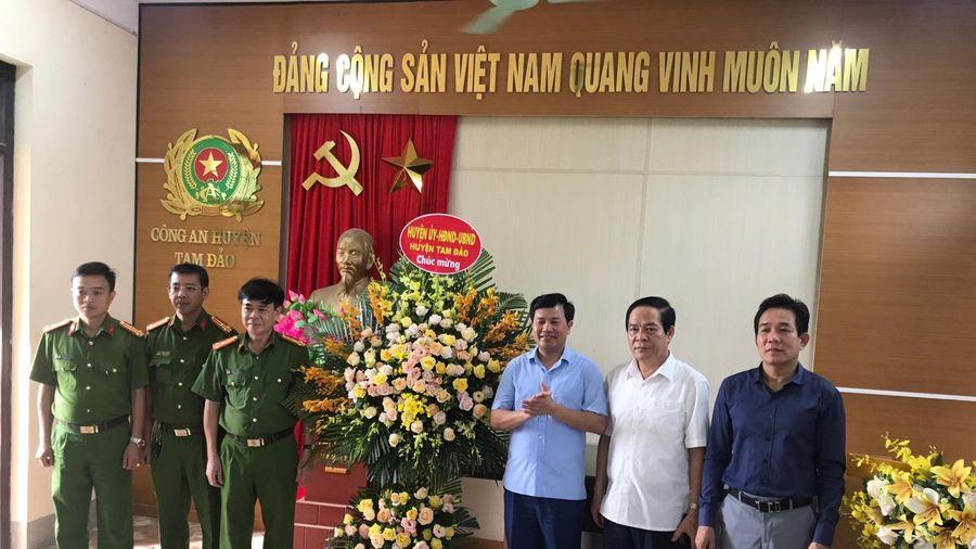 Vĩnh Phúc: Thưởng nóng Công an huyện Tam Đảo về thành tích phá nhanh chuyên án cướp giật