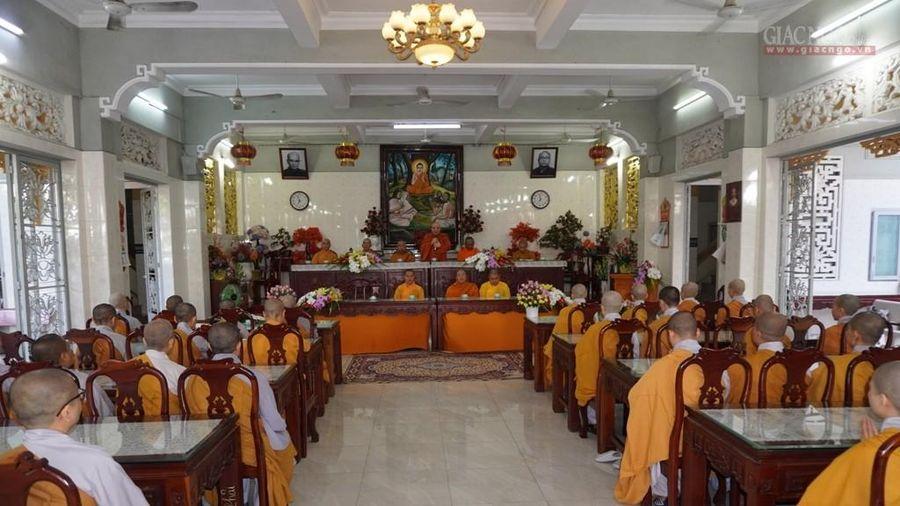Ban Thường trựcBTS Phật giáo TP.HCM tiếp tục thăm trường hạ