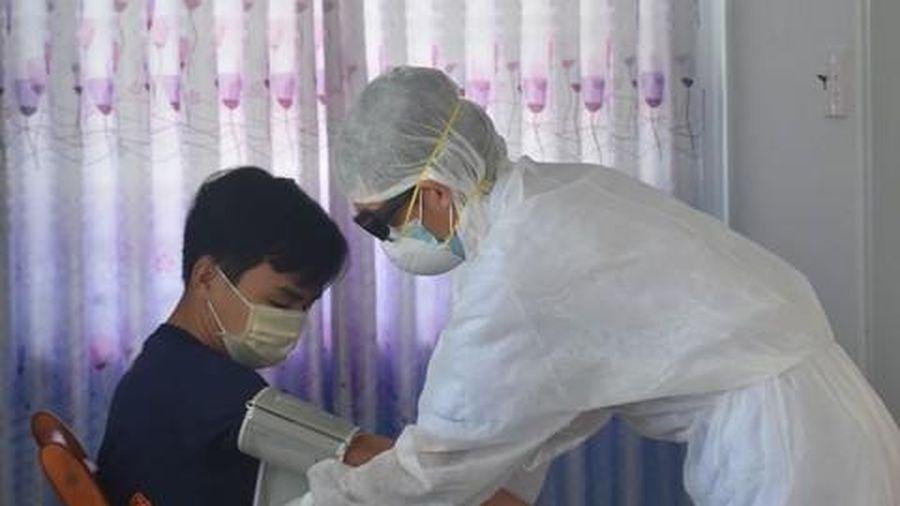 Công dân Indonesia tiếp tục được theo dõi sức khỏe 14 ngày tại nhà