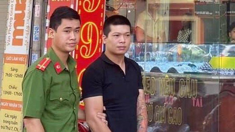 Kẻ cướp tiệm vàng ở Hà Nội bị khởi tố