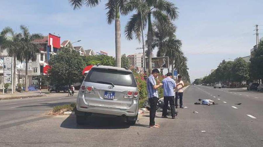 Người trong cuộc nói về 'đứng bấm điện thoại' sau tai nạn