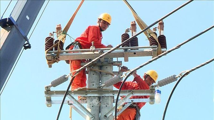 Điện lực miền Bắc chống quá tải lưới điện