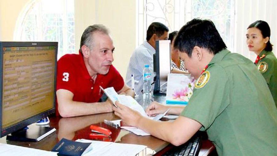 Cấp thị thực cho người nước ngoài vào KKT cửa khẩu