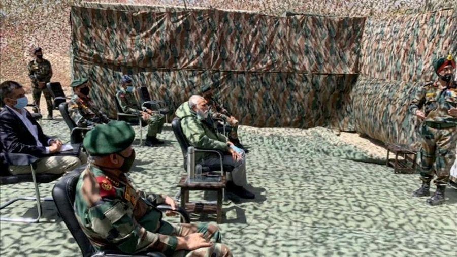 Thủ tướng Modi tới nơi lính Ấn Độ và Trung Quốc đụng độ