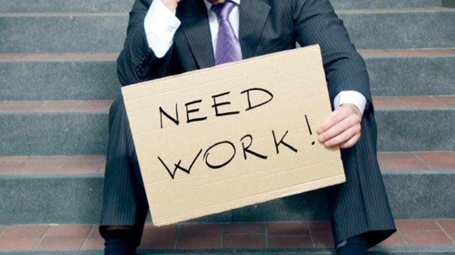 Tỷ lệ thất nghiệp tại thành thị cao nhất trong 10 năm, thu nhập bình quân giảm sâu