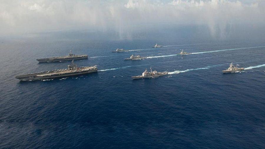 Hai tàu sân Mỹ xuất hiện là thông điệp cứng rắn với Trung Quốc ở Biển Đông
