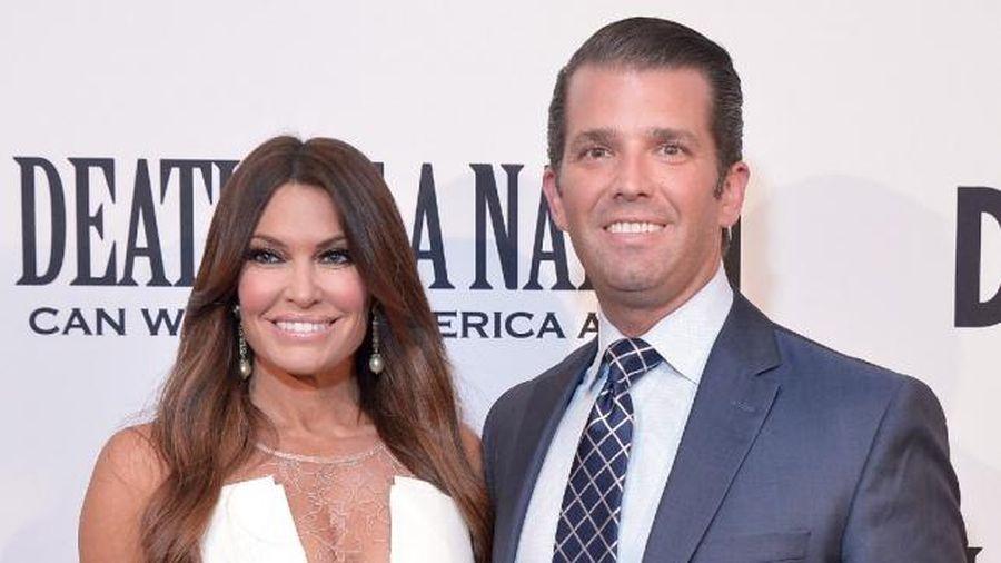 Bạn gái Donald Trump Jr. dương tính với Covid-19