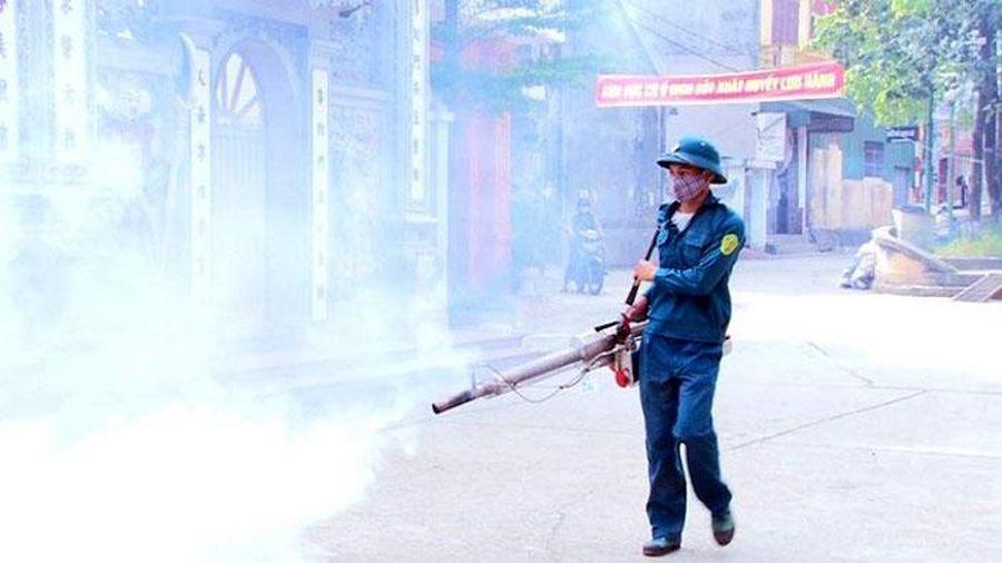 Nguy cơ bùng phát dịch sốt xuất huyết ở Hà Nội