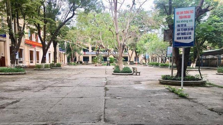 Quảng Ngãi: Hàng trăm học sinh phải thi lại do đề bị lộ