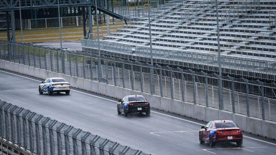 Lần đầu tiên tổ chức chạy thử tại đường đua Công thức 1 Hà Nội