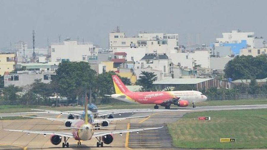 Xử phạt 25 triệu đồng với nhân viên bỏ vị trí thi công sân bay Nội Bài