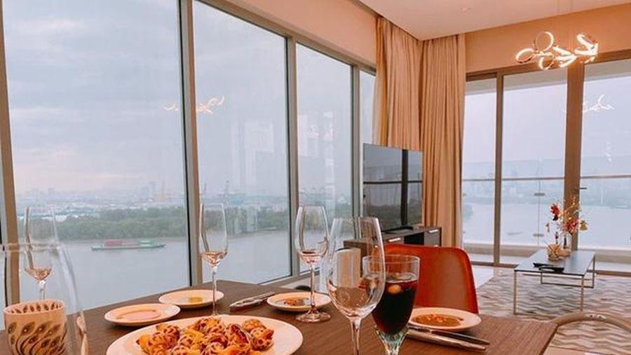 Căn hộ mới tậu của ca sĩ Lê Hiếu sang chảnh như khách sạn năm sao