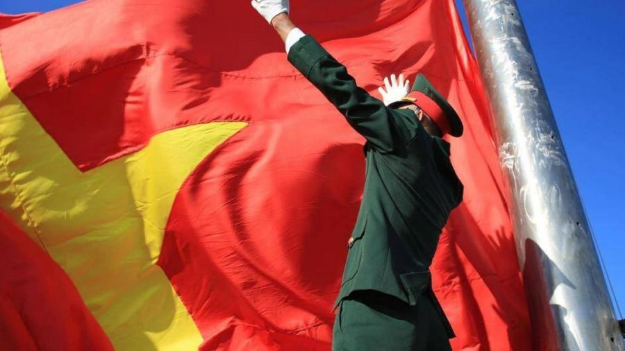Xúc động lễ thượng cờ tại Giải Tiền Phong Marathon 2020