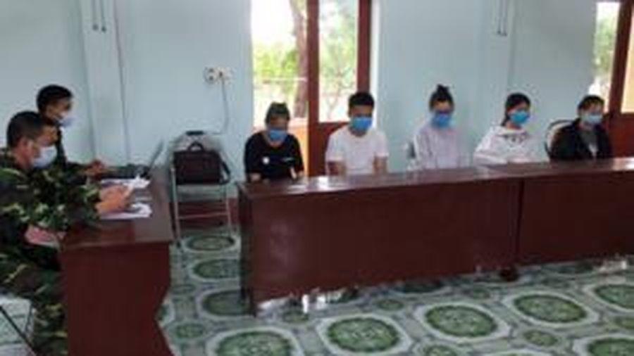 Bắt giữ 5 đối tượng nhập cảnh trái phép vào Việt Nam để đánh bạc