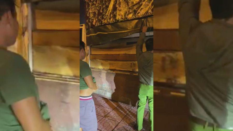 Vận chuyển gần 6,5 m3 gỗ lậu, tài xế bị xử lý