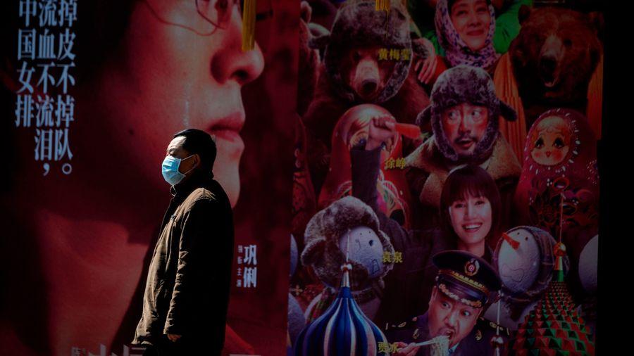 Ngành phim Trung Quốc mòn mỏi chờ hoạt động lại