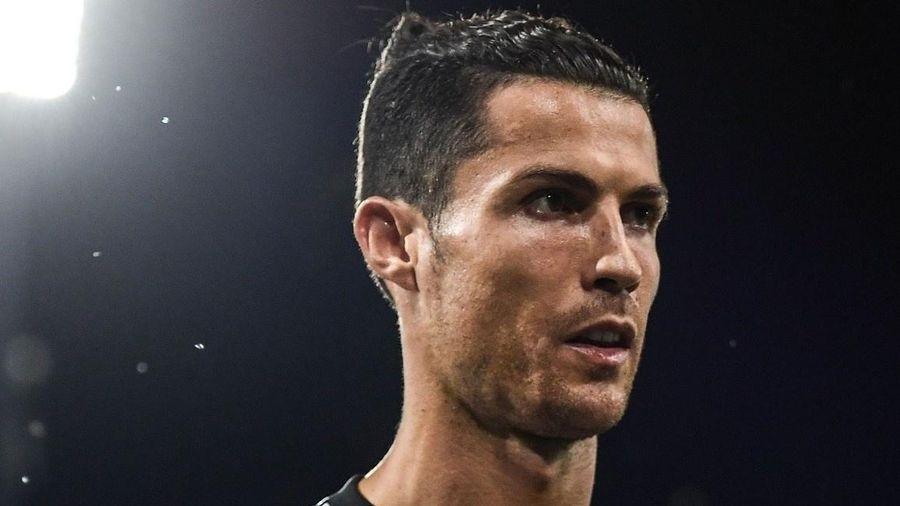 Ronaldo lập kỳ tích ghi bàn chưa từng có trong lịch sử bóng đá