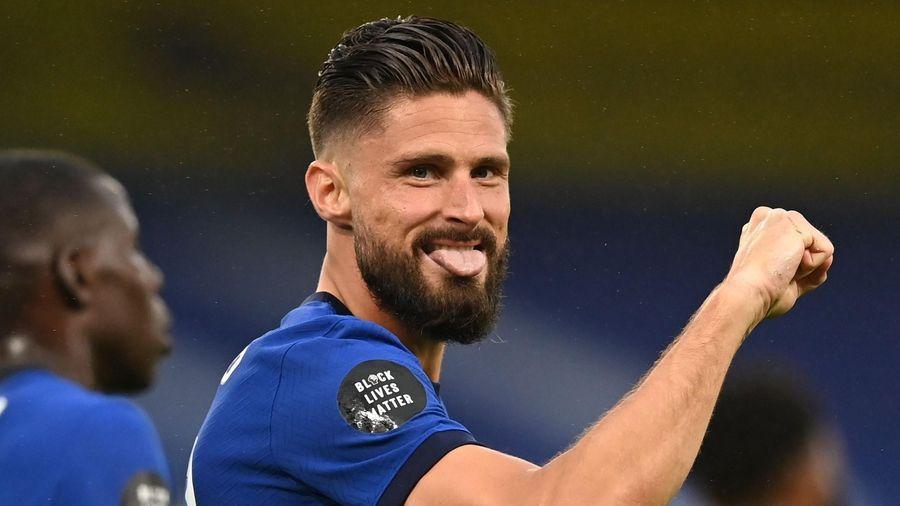 Chelsea vượt Man United sau chiến thắng 3-0 trước Watford