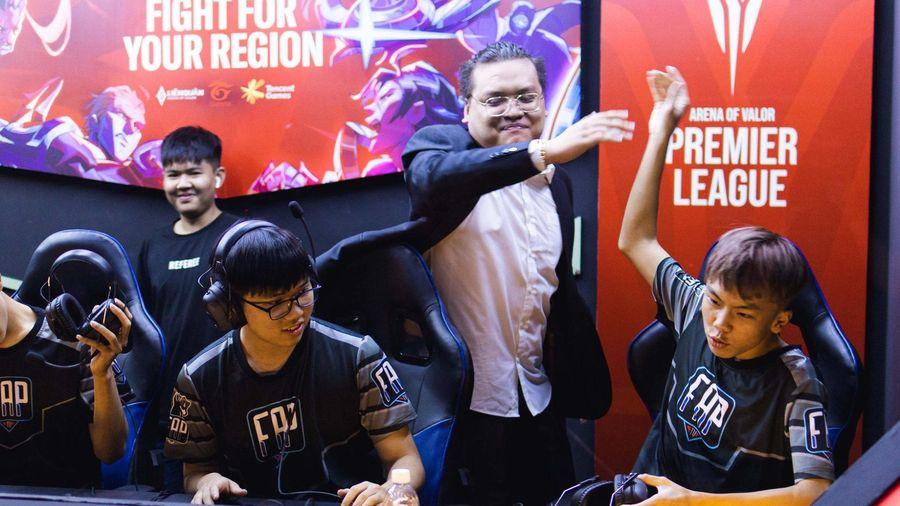 FAP TV quật ngã Team Flash, cầm hòa ĐKVĐ Liên Quân Thái Lan