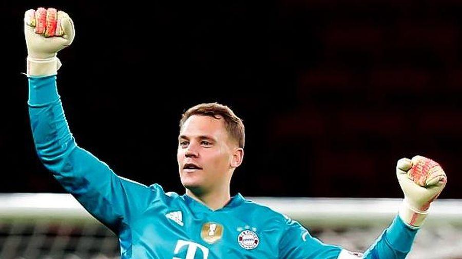 Neuer kiến tạo bàn thắng từ sân nhà