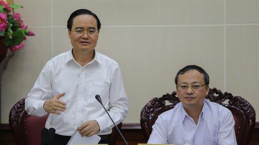 Bộ trưởng yêu cầu các địa phương phải 'đều tay' trong công tác làm thi