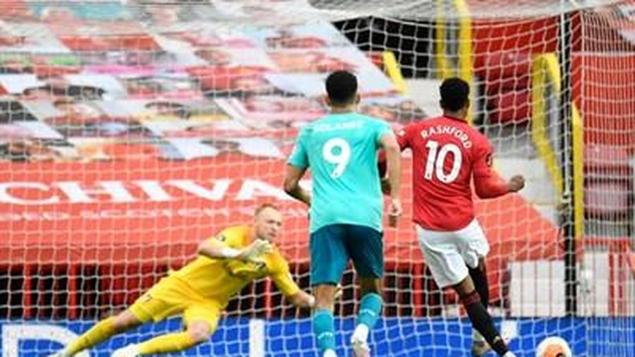 Man Utd thắng đậm Bournemouth