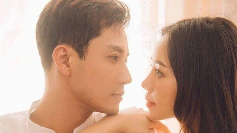 'Đừng bắt em phải quên': Thanh Sơn - Quỳnh Kool dính nghi án 'phim giả tình thật'