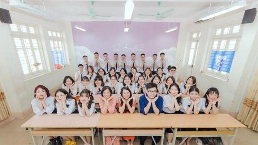 Chú thích lầy lội, bộ ảnh kỷ yếu học sinh Quảng Ninh gây sốt