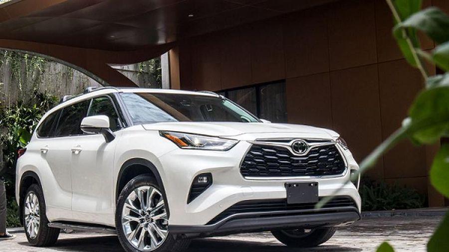 Chi tiết Toyota Highlander Limited 2020 hơn 4 tỷ tại Hà Nội