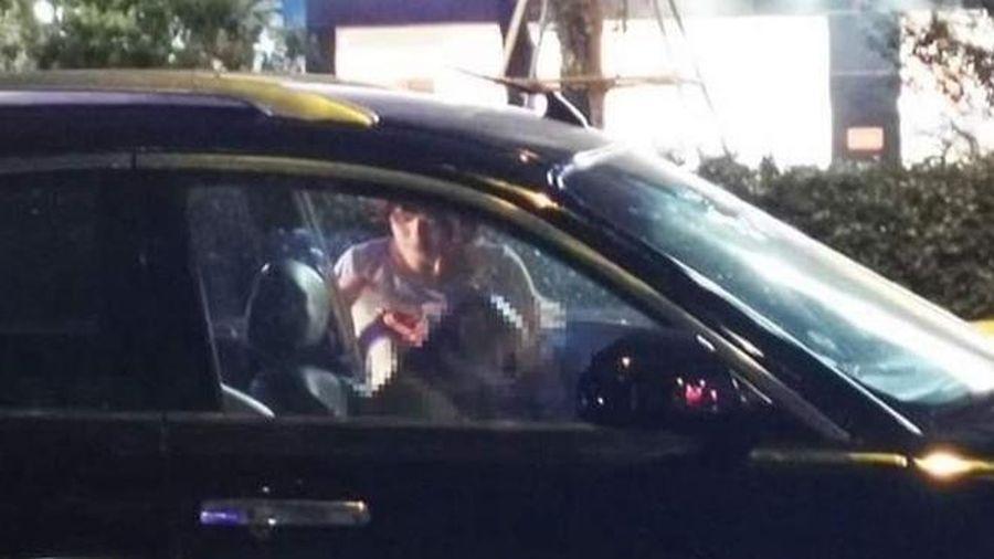 Định vị điện thoại, con trai phát hiện bố gục chết trong ôtô đỗ trên phố Trần Duy Hưng