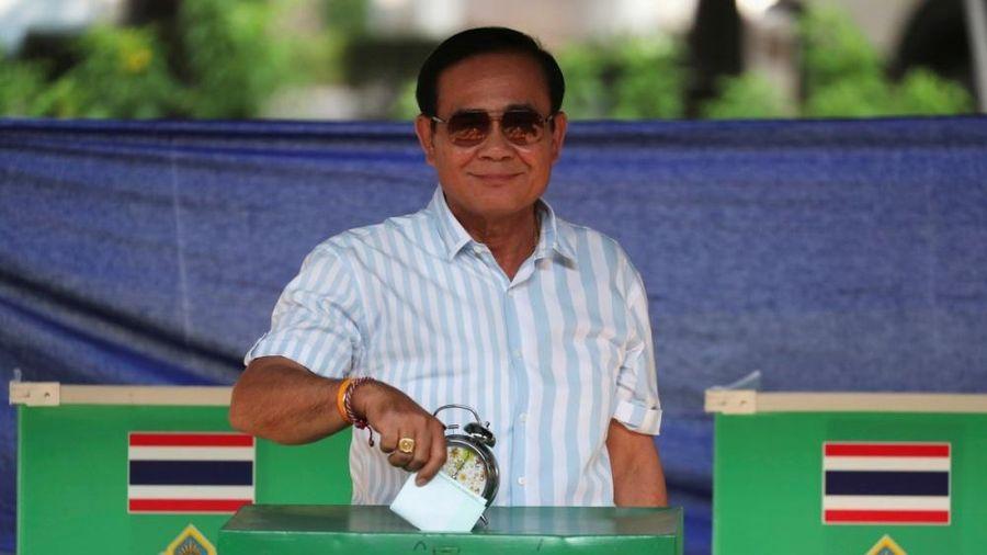 Đa số người dân Thái Lan muốn cải tổ Nội các