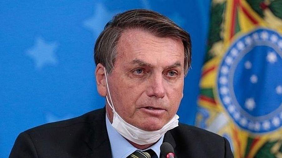 Tổng thống Brazil vẫn phủ quyết luật đeo khẩu trang dù dịch Covid-19 đang rất phức tạp