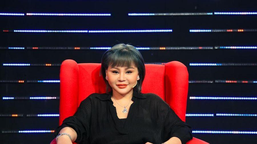 Diễn viên Lê Giang chia sẻ sẽ rất buồn nếu con cái trách móc về gia cảnh