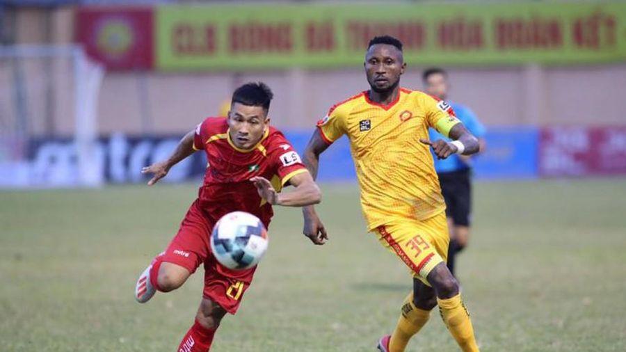 Quảng Nam - SLNA: Ai sẽ thay thế vị trí của Nguyễn Sỹ Nam?