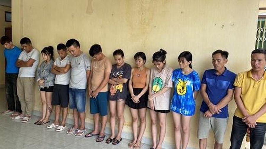 Thanh Hóa: Liên tiếp bắt quả tang 'tiệc' ma túy tập thể