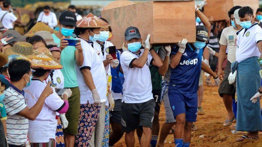 Myanmar xây mộ tập thể dành cho những người thiệt mạng trong vụ lở đất