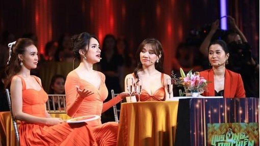 Hari Won kể về nụ hôn đầu kéo dài 3 tiếng đến bầm cả môi trên sóng truyền hình