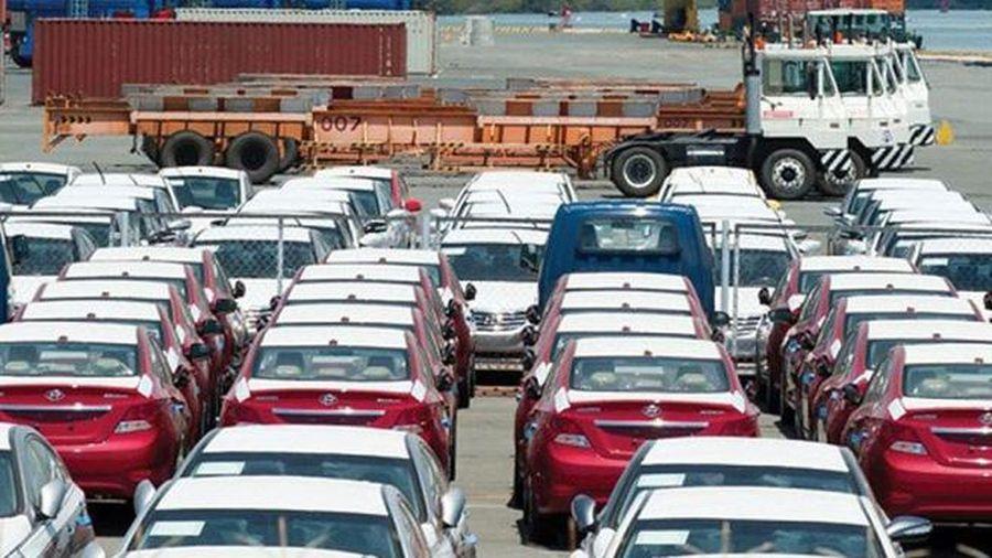 6 tháng đầu năm 2020: Số lượng ô tô nhập khẩu giảm 47%