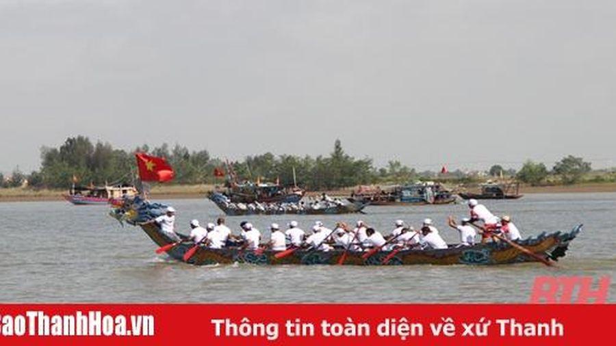 Đặc sắc Lễ hội cầu ngư – bơi chải Sầm Sơn 2020