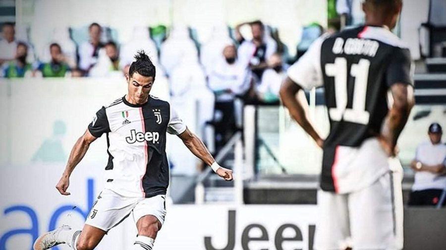 Ở tuổi 35, Ronaldo vẫn chưa thôi tỏa sáng