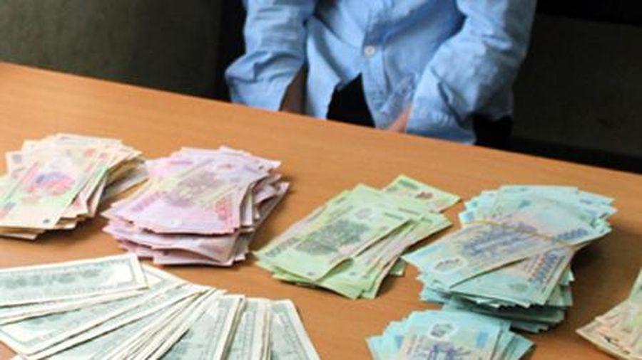 Trộm 70 triệu đồng bị người dân bắt quả tang