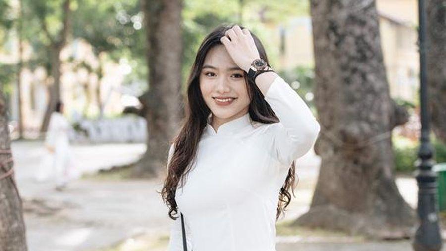Loạt ảnh gái xinh trường Chu Văn An, cánh con trai trường ngoài không xem thì hơi phí đấy!