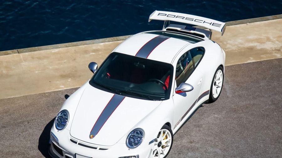 Porsche 911 GT3 RS 4.0 - chiếc xe đặc biệt chia tay thế hệ 977