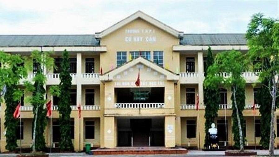Hà Tĩnh: Trường cấp 3 sắp bị giải thể được tuyển sinh trở lại