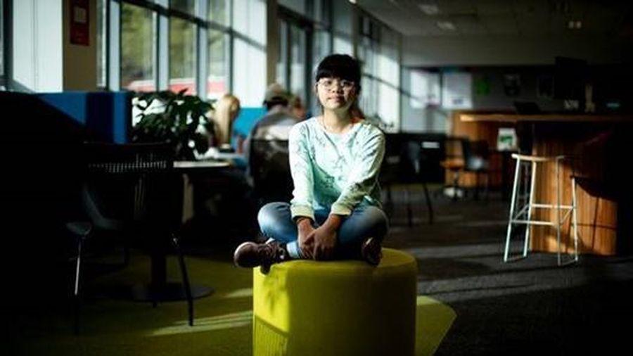 Cô bé Việt Nam 13 tuổi là sinh viên nhỏ nhất ở ngôi trường nằm trong top 1% đại học hàng đầu thế giới